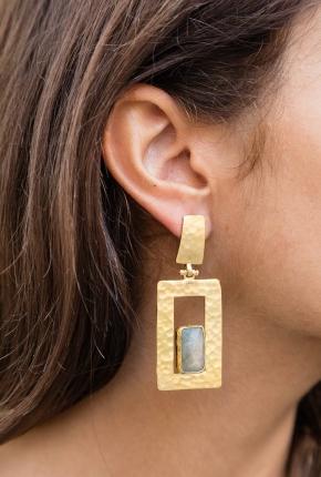 Boucles d'oreilles A
